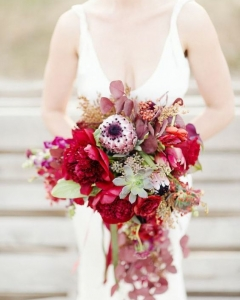 Rich_wedding_bouquet_03