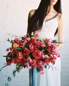 Rich_wedding_bouquet_04