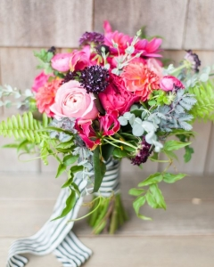 Rich_wedding_bouquet_23