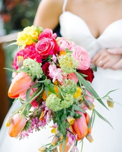 Rich_wedding_bouquet_24