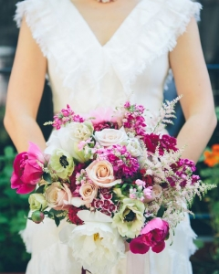 Rich_wedding_bouquet_42