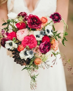 Rich_wedding_bouquet_44