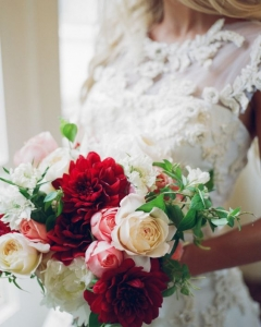 Rich_wedding_bouquet_45