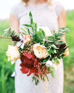 Rich_wedding_bouquet_48