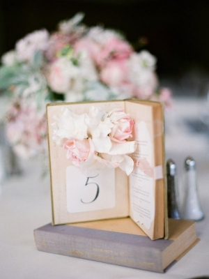 book_wedding_decor_11