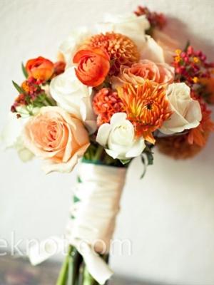 buket-nevesti-persikovii-rozovii-08