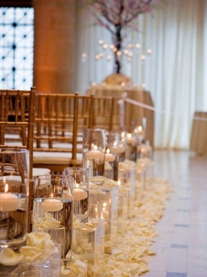 candle_aisle_decor_33