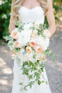 cascade_bouquet_05