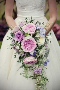cascade_bouquet_42