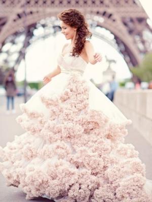 cvetnye-svadebnye-platya-30