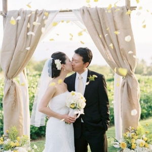 fabric_wedding_arch_08