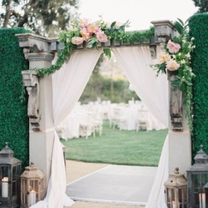 fabric_wedding_arch_24