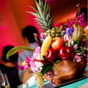 mixed-tropical-fruit-wedding-centerpieces-2-1
