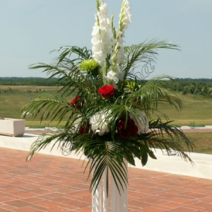 gladiolusy-v-svadebnoj-floristike-30