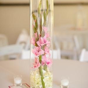 gladiolusy-v-svadebnoj-floristike-4
