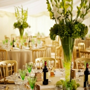gladiolusy-v-svadebnoj-floristike-5