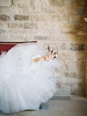 gold_bridal_shoes_05