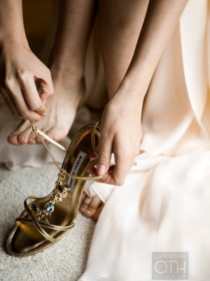 gold_bridal_shoes_07