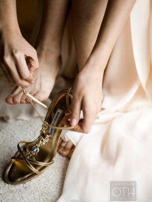 gold_bridal_shoes_07