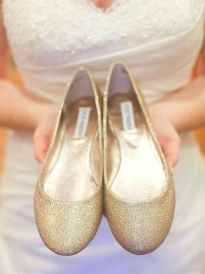 gold_bridal_shoes_09