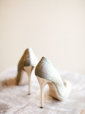gold_bridal_shoes_17