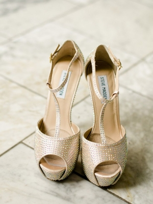 gold_bridal_shoes_21