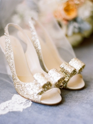 gold_bridal_shoes_27