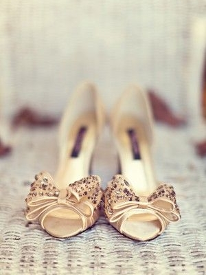 gold_bridal_shoes_37
