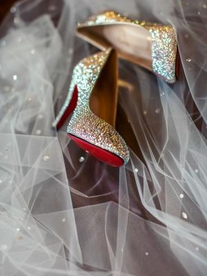 gold_bridal_shoes_39