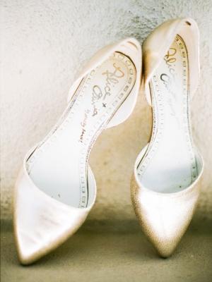 gold_bridal_shoes_42