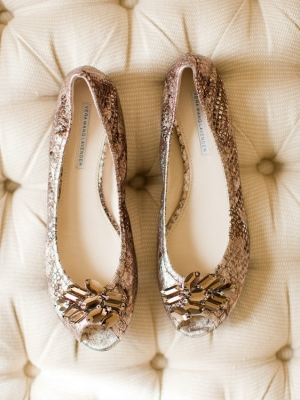 gold_bridal_shoes_48