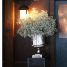babys-breath-entrance-urns-whipperberry