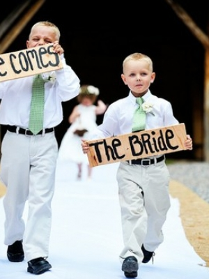 here-comes-the-bride-banner-0026