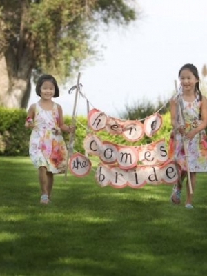 here-comes-the-bride-banner-0032
