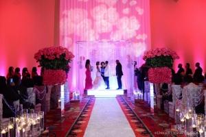hudozhestvennyj-svet-v-oformlenii-svadby-21