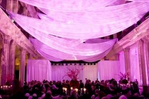 hudozhestvennyj-svet-v-oformlenii-svadby-25