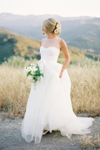 illusion_neckline_bride_20