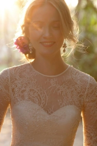 illusion_neckline_bride_28