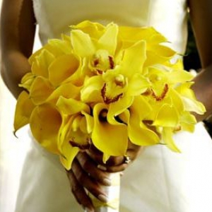 125434-yellow-wedding-flowers-2
