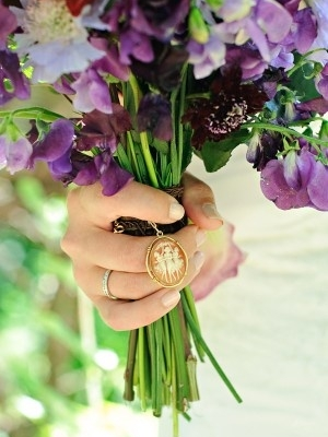 svadebnii-buket-nevesti-s-kameei-0008