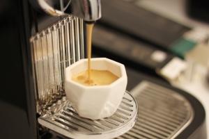 kofeinyj-bar-na-svadbe-15