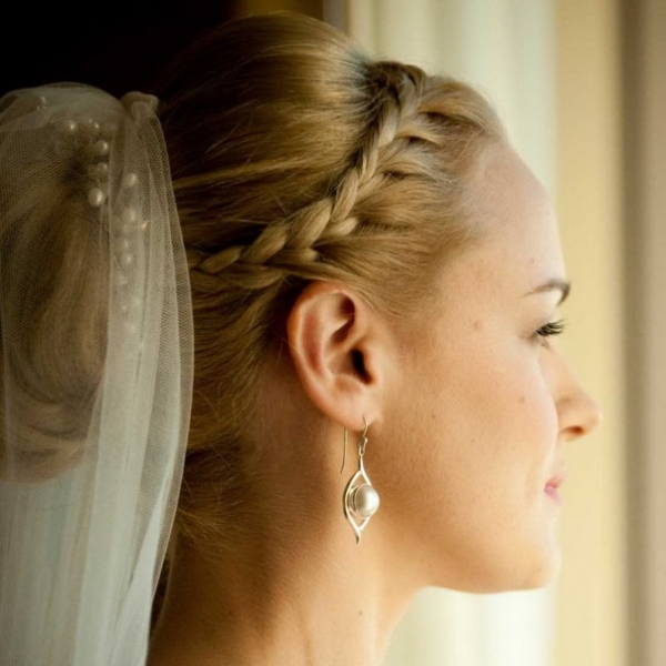 Classic bun hairstyle wedding