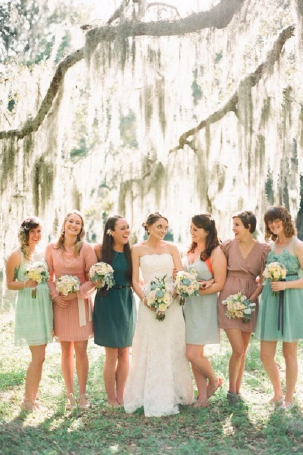 mismatched_bridesmaids_13