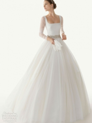 svadebnie-platia-s-rukavami-22