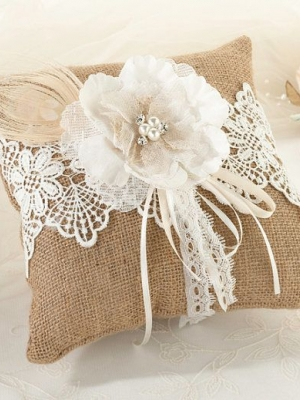 ring_pillow_12