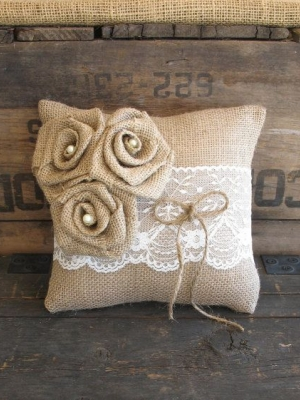 ring_pillow_29