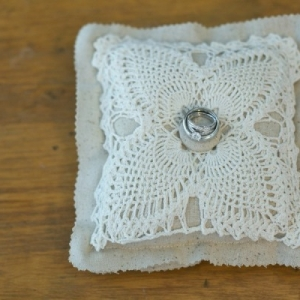 ring_pillow_22