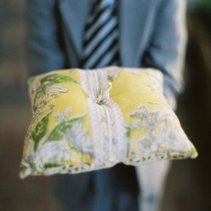 ring_pillow_38