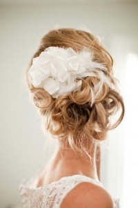 romantic_bridal_hair_48