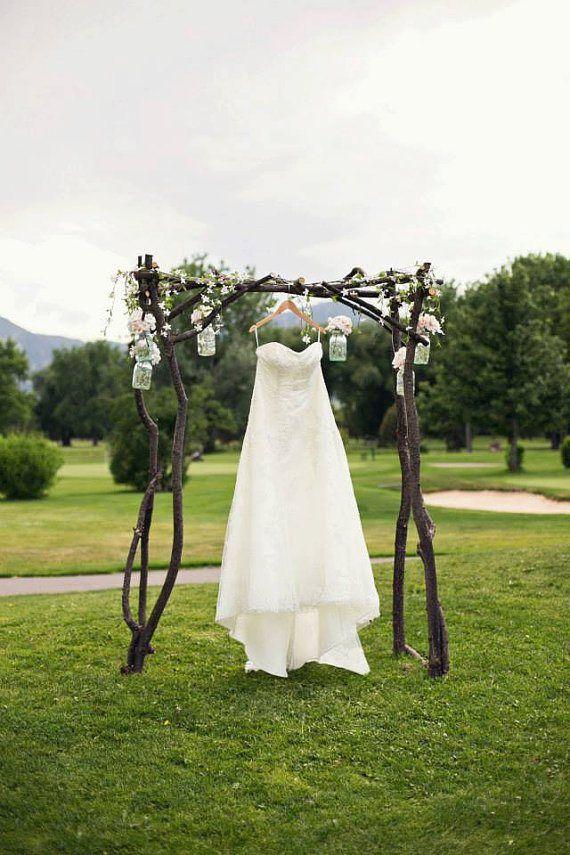 Арка из дерева свадебная
